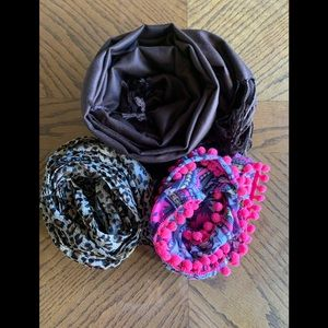 Bundle of 3 scarves